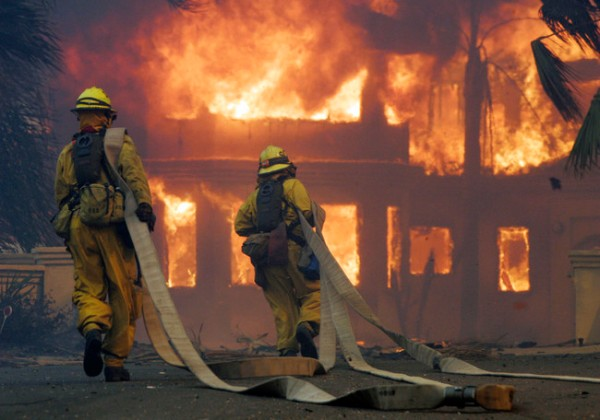 Firefighters inPoway
